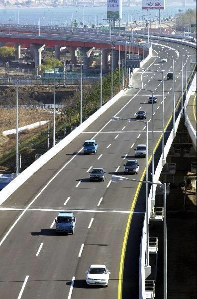정부가 올해 안에 일부 민자도로의 통행료를 인하하겠다고 밝혔다. / 조선일보DB 제공