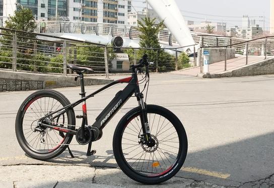 삼천리자전거에서 출시한 전기자전거 '팬텀EX'의 모습 /박성우 기자