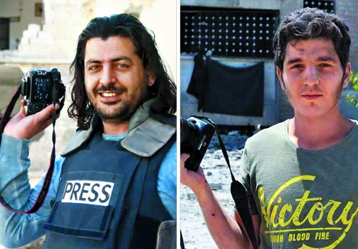 지난 15일(현지 시각) 시리아 알레포에서 발생한 피란민 대상 테러 현장에서 취재를 멈추고 구조에 나선 시리아 사진기자 압둘 카디르 하바크(왼쪽 사진). 당시 하바크와 구조 활동을 하다가 그의 모습과 참혹한 테러 현장을 사진으로 남긴 동료 기자 무함마드 알레게브(오른쪽 사진).