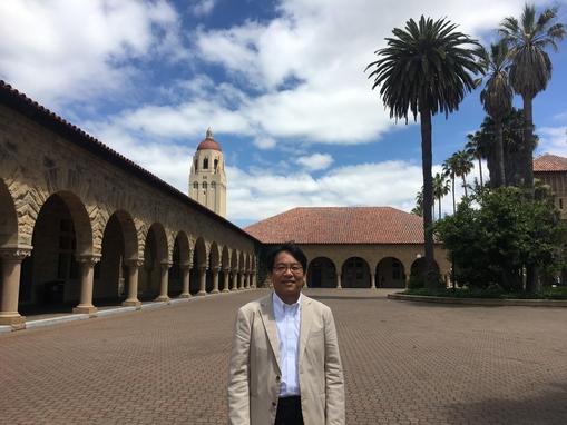 """윤성로 교수는 미국 캘리포니아 스탠포드대학교에서 진행된 조선비즈와 인터뷰에서 """"인공지능을 중심으로 이뤄지는 4차산업혁명은 이미 공기처럼 미국 실리콘밸리를 비롯해 전 세계로 퍼져나가고 있다""""고 진단했다./ 황민규 기자"""