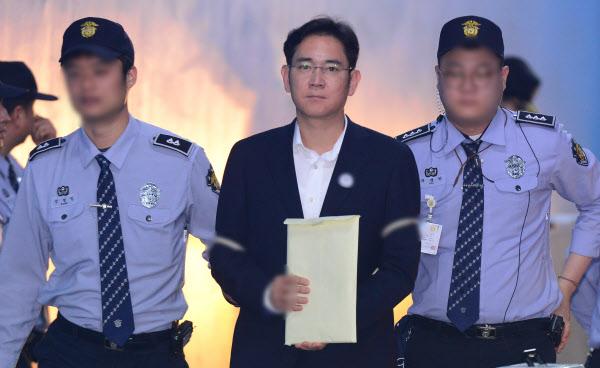 """삼성물산 합병 반대 일성신약 """"삼성이 신사옥 지어주겠다 회유했다""""…삼성은 전면부인"""