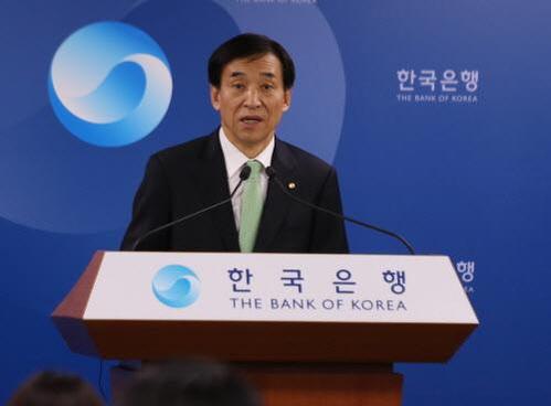 """한국은행 """"올해 경제성장률 4월 '2.6%' 웃돌 것"""""""