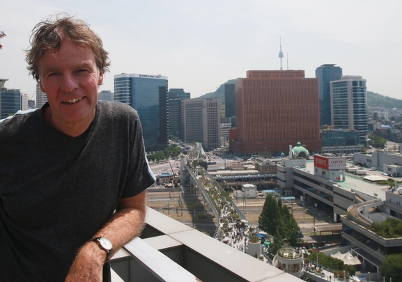 """[김지수의 인터스텔라] """"뉴욕의 하이라인처럼 만들고 싶지 않았다"""" 서울로7017 건축가 비니 마스"""