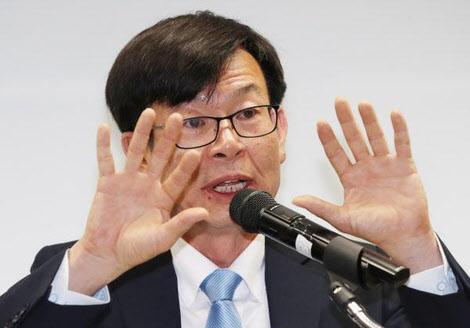 김상조, 연간 1억1000만원 소득 올리고도 신용카드 사용액 '0원'인 이유는?