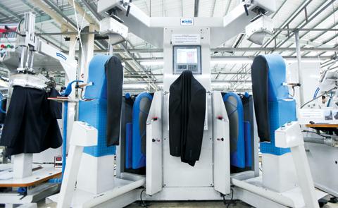 부림광덕이 운영하는 인도네시아 신사복 제조 공장. 신사복 생산 단일 공장 규모로는 세계 최대로 하루 평균 6000벌, 연간 150만벌의 신사복을 생산한다. /부림광덕 제공