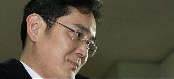 이재용 삼성전자 부회장이 올해 2월 특검 조사를 받기 위해 소환되고 있다./조선일보 DB