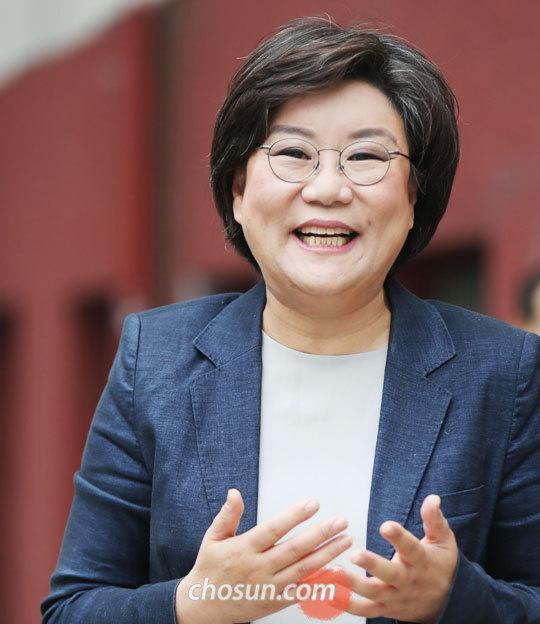 """이혜훈 대표는""""여성으로 이 땅에 살면서 너무 부당한 일을 겪어 정치를 하게 됐다""""고 말했다."""
