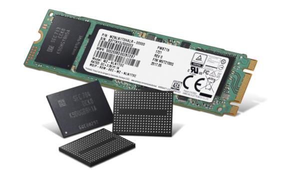 삼성전자 '4세대(64단) 256Gb 3비트 V낸드' 칩과 이를 기반으로 한 SSD 제품. / 삼성전자 제공