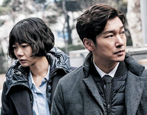 tvN 드라마'비밀의 숲'에서 검사 조승우와 형사 배두나는 각각 이성과 감성을 상징하는 인물이다.