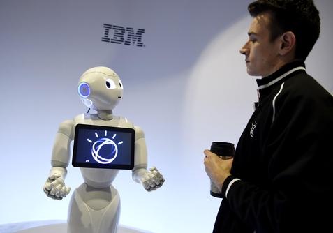 소프트뱅크와 미국 IBM은 전략적 제휴 관계를 맺고 AI 분야에서 협력하고 있다. / 블룸버그 제공