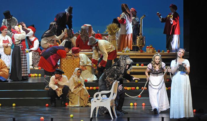 러시아 마린스키 오페라단이 바덴바덴 여름축제에 올린 차이콥스키 오페라 '예프게니 오네긴'