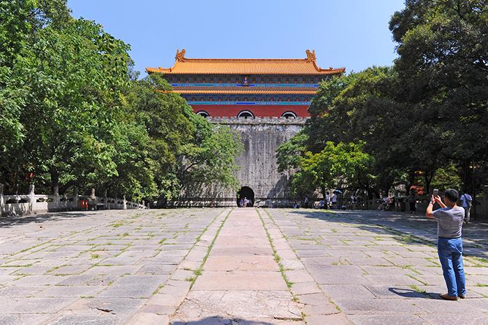 과거에 이곳은 황제의 가족 또는 후대 황제만이 출입할 수 있었다.