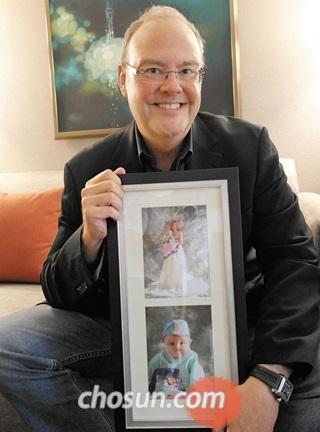 첫딸 애너벨이 한복 입고 엄마와 함께 찍은 돌사진