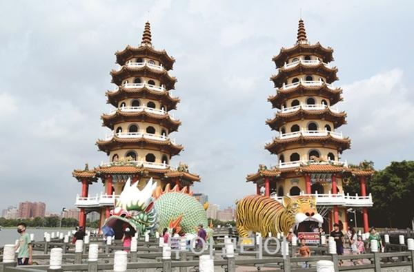 타이완 남부 용호탑