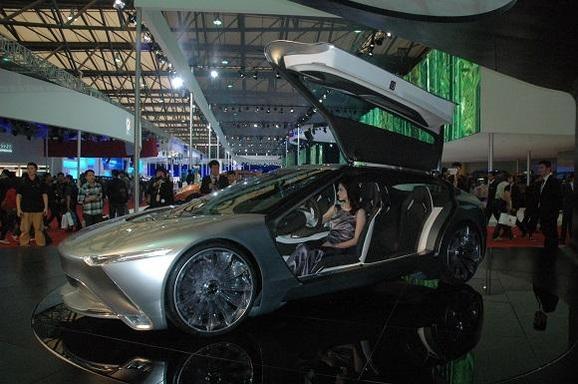 중국·이탈리아 합작사인 '아이코나 상하이'가 중국 시장을 겨냥해 2011년에 선보인 전기차./조선일보 DB