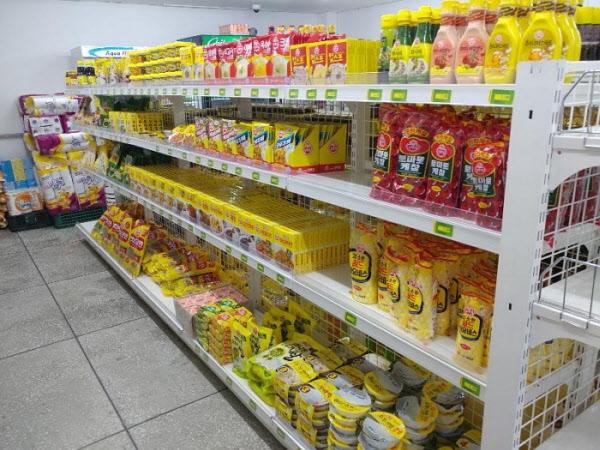 """'오뚜기' 제품만 들여다 놓은 슈퍼마켓 사장님 """"착한 기업이라길래…"""""""
