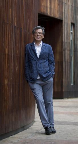 180cm의 훤칠한 키. 하루 1만보 이상을 걷는다는 유홍준./사진=김지호 기자