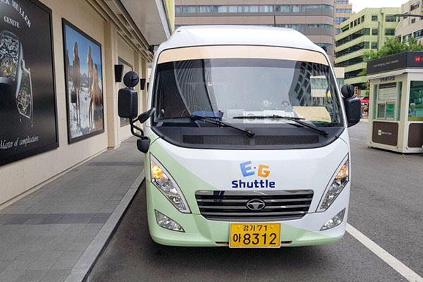 경기도는 11일 인사동과 2017 경기세계도자비엔날레 행사장만을 오가던 셔틀버스를 도 전체 주요 관광지로 확대해 12일부터 운행한다고 밝혔다.