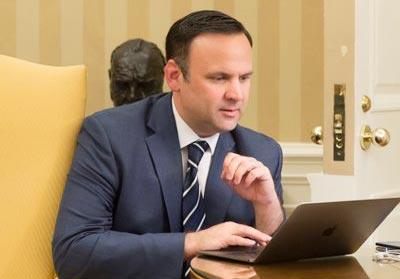 댄 스커비노 미국 백악관 소셜미디어국장