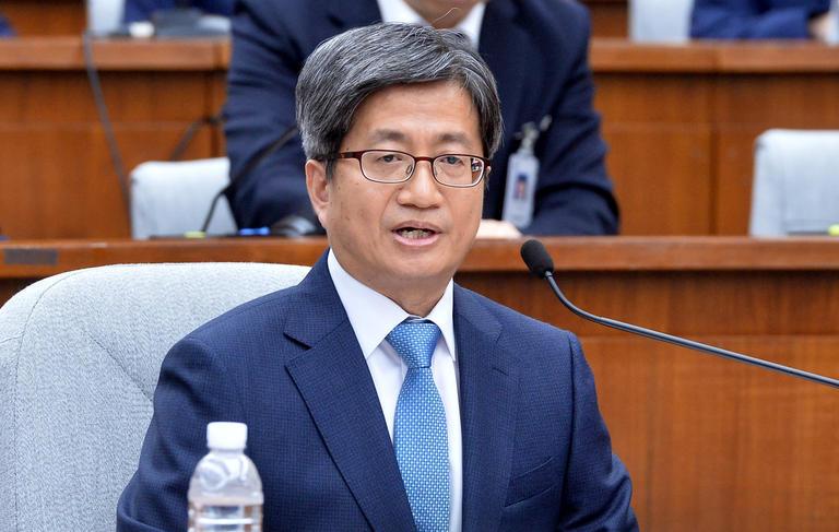 김이수 부결에 박성진도 내준 與…남은 '김명수 지키기'에 총력