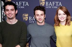 지난해 미국 뉴욕의 영화 행사에 참석한 데이미언 셔젤 감독(왼쪽부터)과 작곡가 저스틴 허위츠, 배우 에마 스톤.