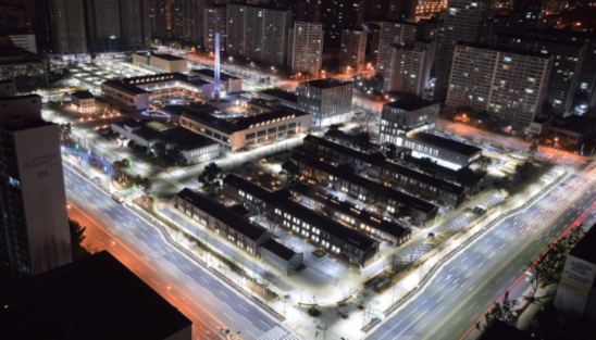 대구 스타트업 지원의 중심으로 떠오른 대구창조경제혁신센터 야경/대구창조경제혁신센터