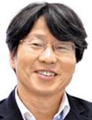 정유신 서강대 기술경영대학원장 겸 핀테크지원센터장