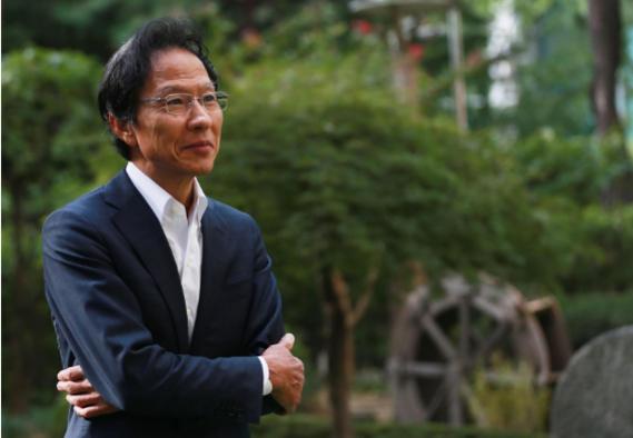 일본에서는 한국인, 한국에서는 일본인이 되는 경계인 강상중. 예전엔 딜레마였지만 지금은 '좋은 인생'으로 결론내렸다./사진=이태경 기자