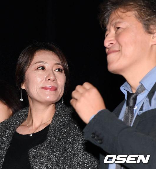 [사진]조윤희-권해효 부부,'즐거운 무대인사 나들이'