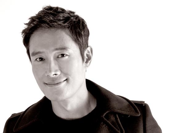 김훈의 원작 소설을 영화화한 '남한산성'에서 그는 마치 작가 김훈의 페르소나 같았다./사진 제공=BH엔터테인먼트