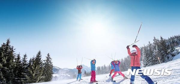 오스트리아 잘츠부르츠주 '스키 아마데'.