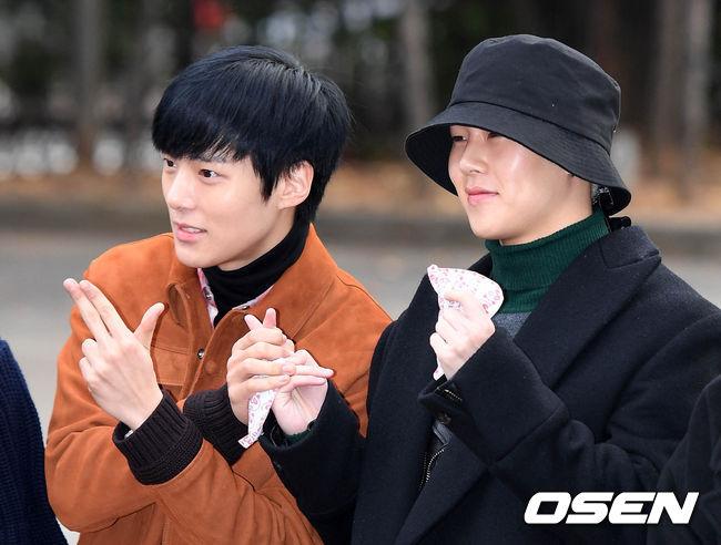 [사진]몬스타엑스 민혁-주헌,'환한 미소'