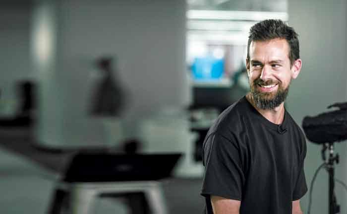 트위터 창업자 겸 최고경영자 잭 도시. 트위터가 성공 가도를 달리던 2008년 공동창업자와 갈등으로 회사를 떠났지만 2년 전 구원투수 역할로 CEO에 복귀, 예상을 뛰어넘는 분기 실적으로 부활을 알렸다.