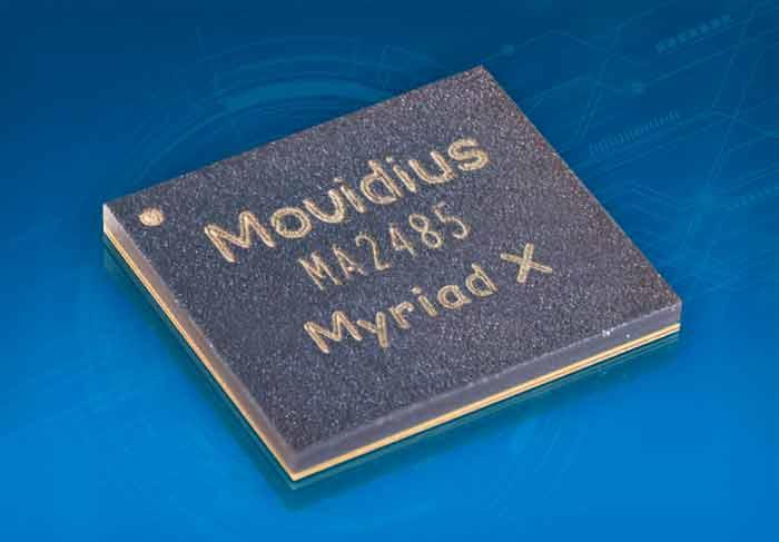지난 8월 인텔의 자회사 모비디우스가 공개한 AI 칩 '미리어드X'.