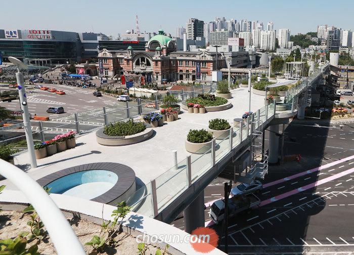 오는 18일 장애인과 비장애인이 함께 즐기는'제 1회 서울로7017 공감나눔 축제'가 열릴 서울역 고가공원'서울로 7017'의 모습.