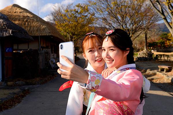 지난 23일 전남도청과 광주광역시청은 대만 왕홍을 초청해 전남·광주의 관광자원을 해외에 소개했다.