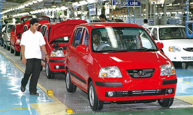 [성장 동력: 글로벌 경영] 전 세계 10개국 35개 현지 공장에서 자동차 생산, 올해 중국 판매량 급감… 신흥시장은 소폭 증가