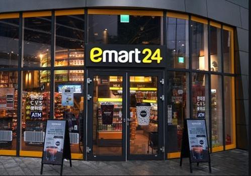 이마트24는 신세계그룹과의 연계해 문화공간과 생활공간이 결합된 차별화된 컨셉으로 관심을 모으고 있다. /한국창업전략연구소 제공