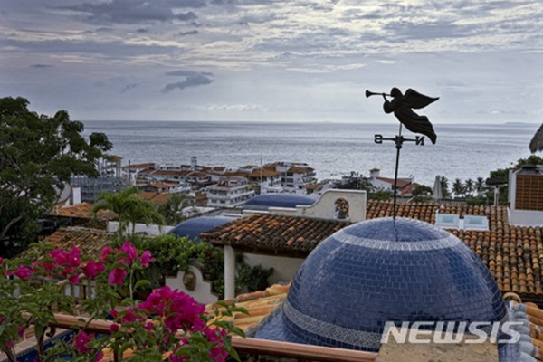 멕시코 할리스코의 휴양지 푸에르토바야르타.