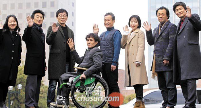 한국 문단에 뜬 샛별들… 신춘문예 8개 부문 당선자
