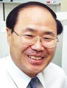 윤승원 前 대전수필문학회장
