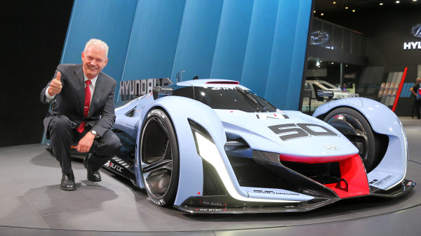 BMW에서 스카우트한 고성능차 전문가, 현대차 사장됐다