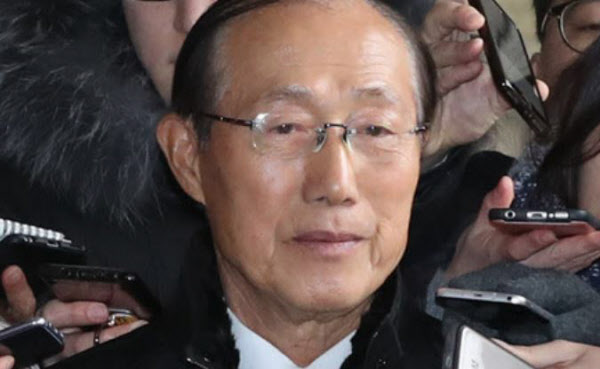 "[TV조선 단독] 이원종 ""5000만원 왔는데""…朴 ""비서실 경비로 쓰세요"""