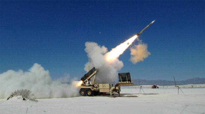 패트리어트 미사일 발사 장면