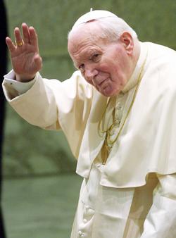노년의 성(聖) 요한 바오로 2세. 주변 사람들은 그를 '경청(傾聽)하는 사람'으로 기억했다.