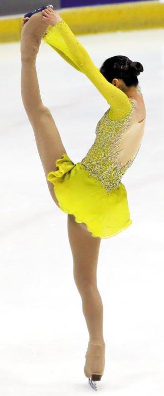 2014년 국내 피겨 종합선수권에서 스핀 연기를 하는 김연아.