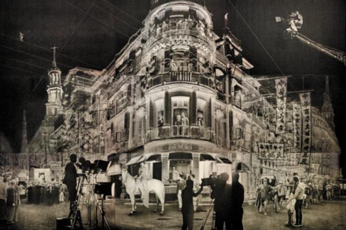 흑백 사진 같은 느낌을 주는 작품 '1935'.