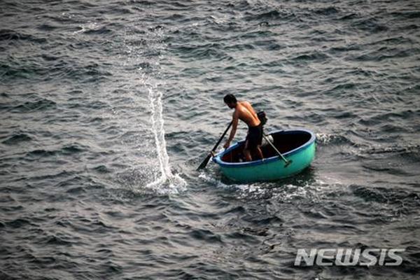 베트남 전통 배.