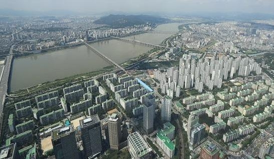 송파구 한강변 아파트 단지. /연합뉴스