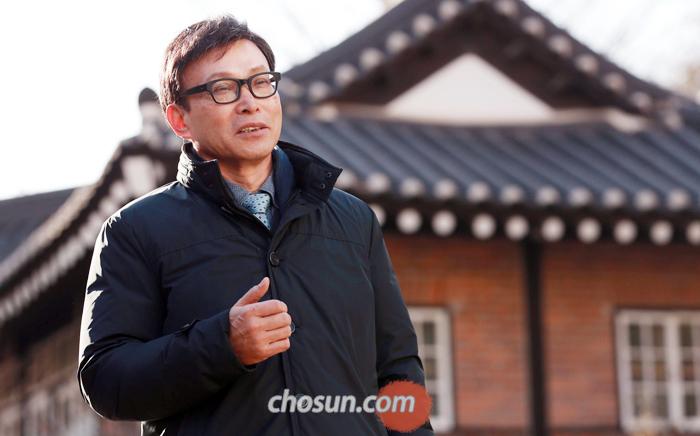 """박병련 교수는 """"조선시대 관료제는 글을 남긴 극소수 지배층이 아니라 그 시대를 살았던 대다수 백성의 관점에서 재평가해야 한다""""고 말했다."""